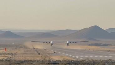"""""""Άνοιξε φτερά"""" το μεγαλύτερο αεροπλάνο στον κόσμο"""
