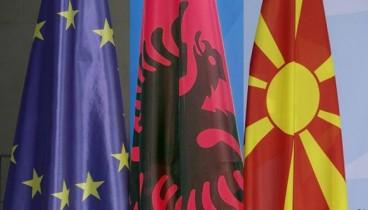 "FT: Επικίνδυνο παιχνίδι η ""μεγάλη Αλβανία"""