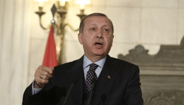 Ερντογάν: Μη μας φέρνετε σε δύσκολη θέση