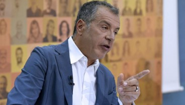 Θεοδωράκης: Όμηρος του Καμμένου ο Τσίπρας