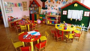 Οι παιδικοί σταθμοί πιο ωφέλιμοι από τις μπέιμπι-σίτερ