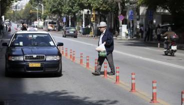 Τα πασαλάκια που διχάζουν τους Θεσσαλονικείς: Δυσαρεστημένοι οι καταστηματάρχες - Ευχαριστημένοι οι οδηγοί