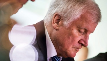 Ο Ζεεχόφερ αποχωρεί από την ηγεσία του CSU