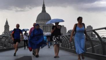 Δύο νεκροί από την καταιγίδα Κάλουμ στην Βρετανία