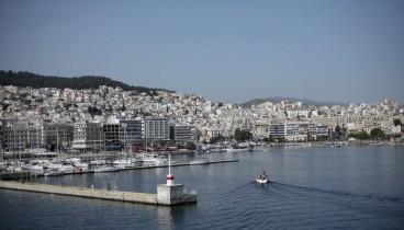 Τα «βρήκαν» κυβέρνηση-εργαζόμενοι στα λιμάνια που ανήκουν στο ΤΑΙΠΕΔ