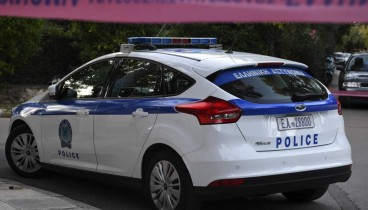 Στις φλόγες διπλωματικό αυτοκίνητο της Τουρκίας