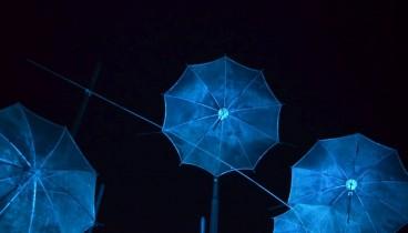 Στα μπλε  οι Ομπρέλες του Ζογγολόπουλου