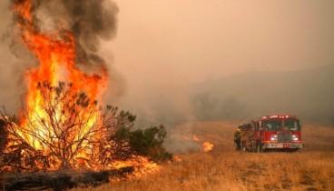 Πυρκαγιές στην Καλιφόρνια: Τουλάχιστον 31 άνθρωποι έχασαν τη ζωή τους