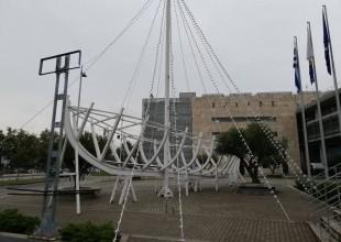 Ήρθαν τα Χριστούγεννα στο δημαρχείο Θεσσαλονίκης