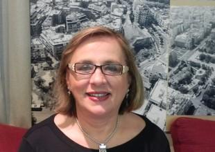 Στον δήμο θα ρίξει τις δυνάμεις της η Ρ. Καλφακάκου